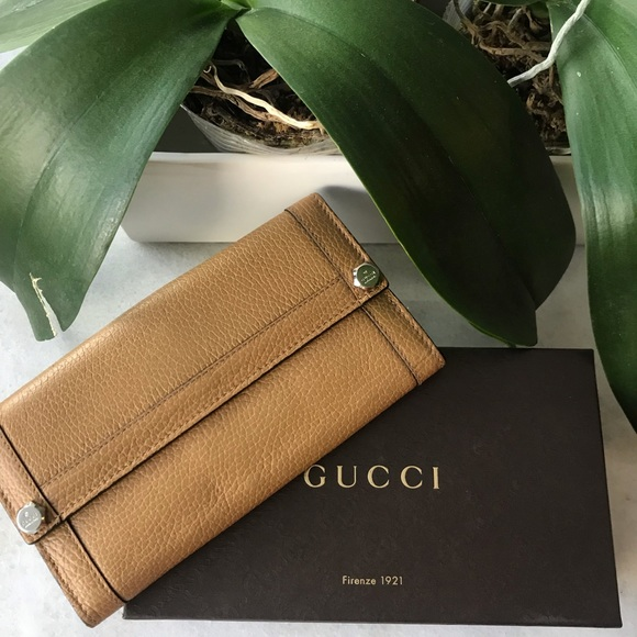 a054243b6f3d61 Gucci Bags | Sale Authentic Wallet | Poshmark